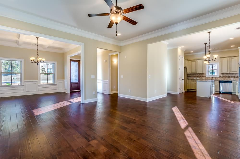 Davenport Home with 4 Bedrooms