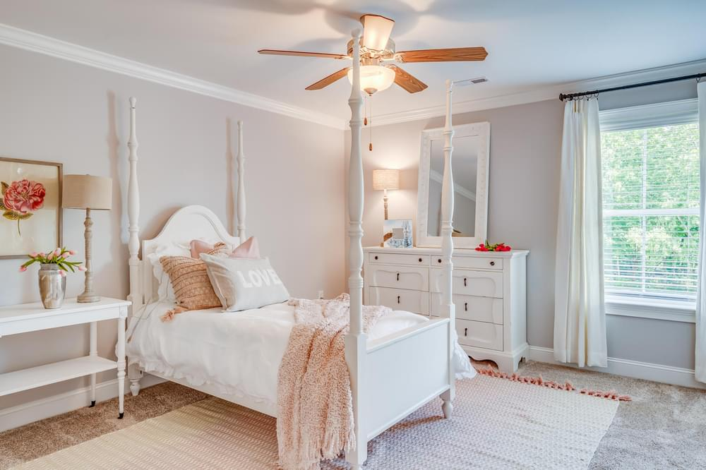 Walden Home with 5 Bedrooms