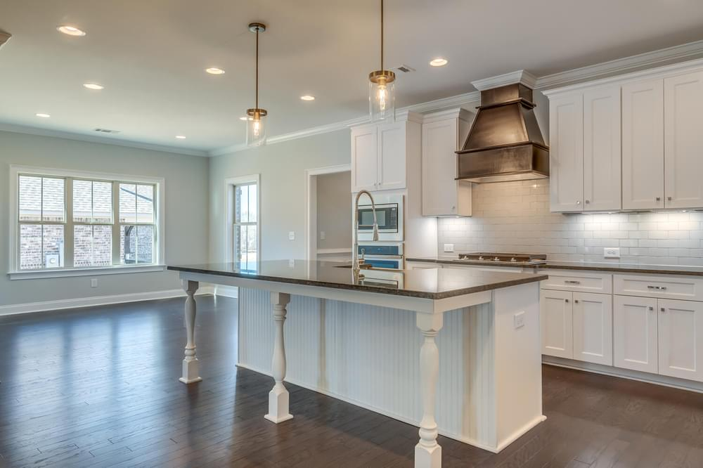 Huddlestone Home with 4 Bedrooms