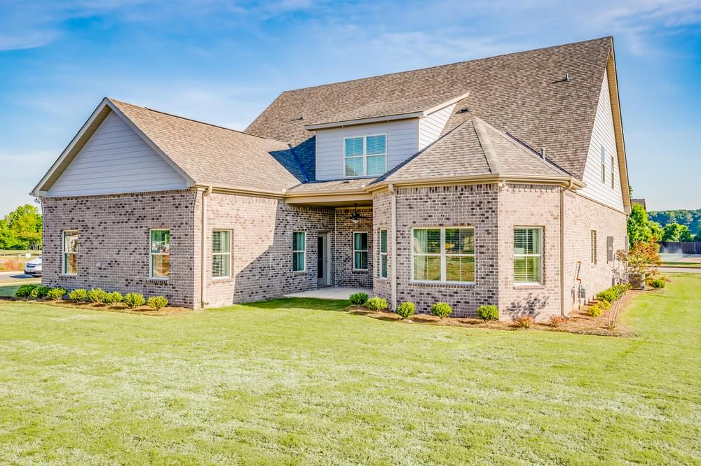 5br New Home in Dothan City Limits, AL