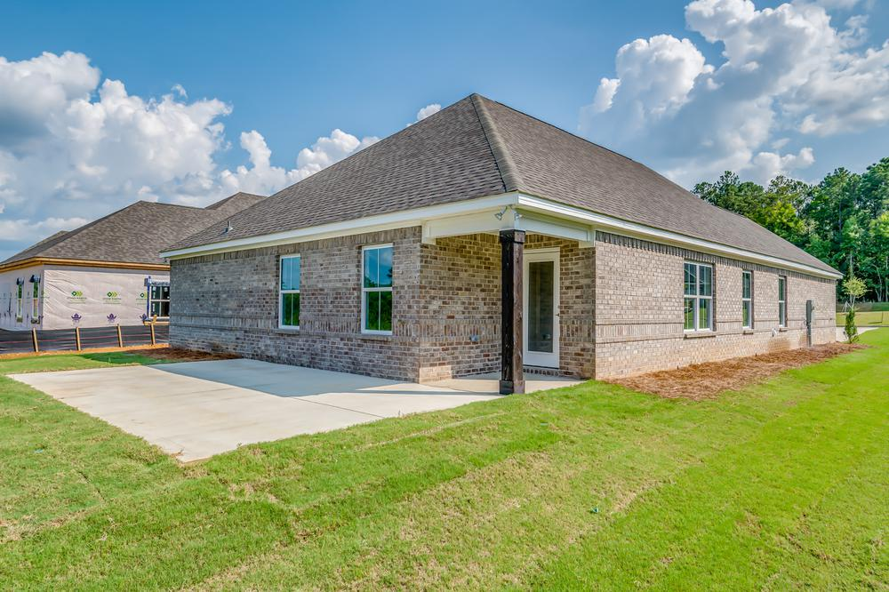1,924sf New Home in Smiths Station, AL