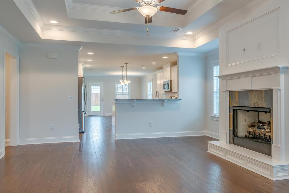 Newport Home with 4 Bedrooms